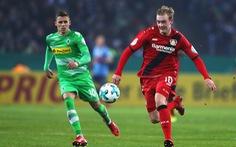 Leverkusen đối đầu Monchengladbach: 'Ngựa ô' đại chiến