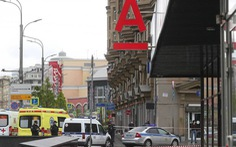 Bắt giữ 6 con tin ở Moscow, dọa nổ tung tòa nhà ngân hàng
