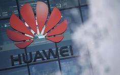 Thủ tướng Boris Johnson giảm dần dự án phát triển 5G của Huawei tại Anh