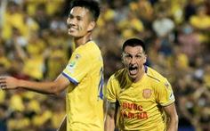 Đỗ Merlo 'nổi khùng' với cựu tuyển thủ U23 Việt Nam vì thi đấu quá cá nhân