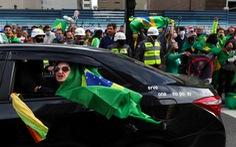 Tổng thống Brazil Bolsonaro đang đùa với tử thần COVID-19?