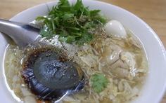 Cặp đôi blogger ẩm thực New Zealand: Về nước rồi vẫn nhớ hoài súp cua óc heo