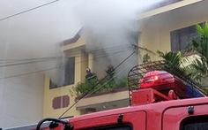 Cháy xưởng sản xuất giày ở TP.HCM
