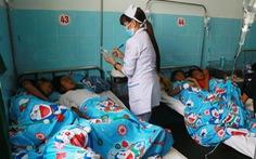 135 học sinh tiểu học ngộ độc sau khi ăn bánh mì