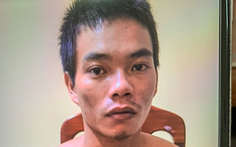 Bắt tạm giam người cha say rượu đánh con trai 7 tháng tuổi chết