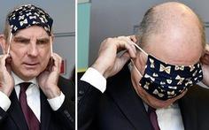 Bật cười với Phó thủ tướng Bỉ bối rối không biết cách đeo khẩu trang