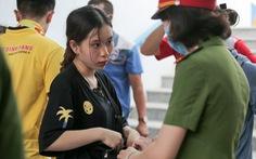Sân Cẩm Phả: kiểm tra gắt gao CĐV Nam Định, đề phòng pháo sáng