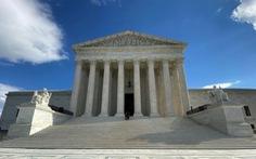 Lần đầu tiên Tòa án Tối cao Mỹ xử trực tuyến và cho dân nghe trực tiếp