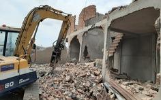 Sở Xây dựng TP.HCM buộc ngân hàng cung cấp tài khoản chủ nhà trái phép bị cưỡng chế