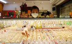 Giá vàng thế giới về 48 triệu đồng/lượng, USD giảm sâu