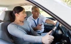 Gần 20.000 thanh thiếu niên không thi thực hành vẫn được cấp giấy phép lái xe