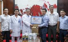 Công ty Minh Long I tặng 3.000 ly sứ mang thông điệp phòng, chống COVID-19 cho y, bác sĩ
