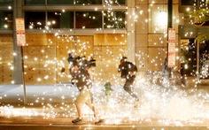 Nước Mỹ những đêm chìm trong bạo loạn