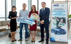 AIA Việt Nam và ACB trao thưởng Honda Civic cho khách hàng tại Hội An