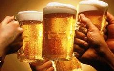 Kỷ luật 4 lãnh đạo xã 'ăn cơm trưa, uống bia' giữa dịch COVID-19