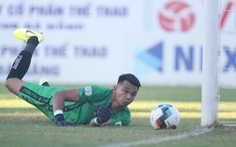 Quảng Nam thảm bại 1-6 trên sân Hòa Xuân
