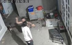 Bị nghi trộm chó, thanh niên tức giận đánh chết người tình của mẹ