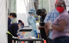 CDC cảnh báo có thể áp đặt lại giãn cách khi một số bang Mỹ lại tăng ca nhiễm