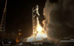 SpaceX phóng thành công tên lửa Falcon 9 mang 58 vệ tinh băng thông rộng