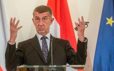 Nga và CH Séc 'ăn miếng trả miếng' vì tin đồn 'Nga đầu độc chính khách Séc'