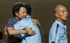 Chấm dứt 341 ngày không thắng ở V-League, HLV Thanh Hóa nhảy cẫng ăn mừng