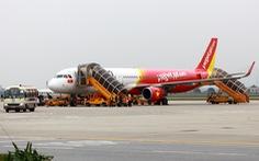 Máy bay đi TP.HCM hạ cánh xuống Đà Nẵng giữa đêm để cứu một hành khách bất tỉnh