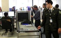 Lấy trộm đồng hồ ở Nội Bài, 2 hành khách Hà Nội bị 'tóm' ở Tân Sơn Nhất