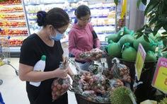 'Ủng hộ nông sản Việt' đến Hà Nội, giá vải thiều 'chào sân' 22.900 đồng/kg