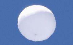 'Quả bóng trắng' bí ẩn trên bầu trời Nhật Bản khiến chính quyền, chuyên gia bối rối