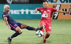 Trọng Hoàng rách cơ đùi, Viettel mất người trước trận đấu khó với Nam Định