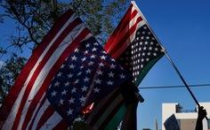 Cuối tuần đẫm máu ở nước Mỹ giữa lúc tranh cãi cắt giảm ngân sách cảnh sát