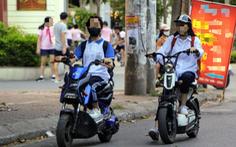 Cấp giấy phép lái xe hạng A0: Học sinh hết 'vô tư' chạy xe máy, xe đạp điện