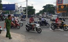 Trộm xe máy bỏ chạy, đâm chủ xe rượt đuổi bị thương trên đường Kênh Nước Đen