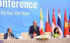 Thủ tướng Nguyễn Xuân Phúc: 'ASEAN chắc chắn không muốn chọn phe'