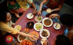 Dùng đũa phòng bệnh khi ăn: Trung Quốc muốn làm, Việt Nam đã có 70 năm trước