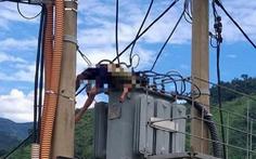 Trèo lên trạm biến áp bắt chim, học sinh lớp 5 bị điện giật chết