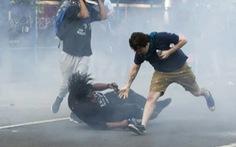 Bạo lực và cướp bóc lan rộng tại Mỹ