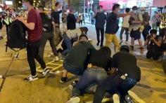 Cảnh sát và người biểu tình Hong Kong đụng độ tại buổi tưởng niệm Thiên An Môn