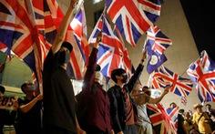 'Đóng cửa' với châu Âu, vì sao Anh đứng ra che chở 3 triệu dân Hong Kong?