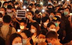 Tối 4-6, hàng ngàn dân Hong Kong thắp nến tưởng niệm Thiên An Môn