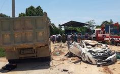 Phó thủ tướng gửi lời chia buồn gia đình nạn nhân vụ xe tải lật đè xe hơi bẹp dúm
