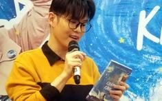 Nhà văn Anh Khang mượn câu chữ kiếm chân tình trong 'Thả thính chân kinh'
