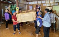 Nứt đồi do mưa kéo dài, Lào Cai di dời khẩn nhiều hộ dân