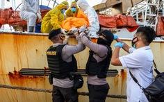 Thủy thủ Indonesia nghi bị quản lý tàu Trung Quốc đánh đến chết, giấu xác trong hầm cá