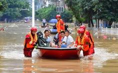 Một tháng mưa liên hồi, dư luận theo dõi sát đập Tam Hiệp