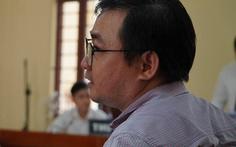 Tạm ngừng phiên tòa xử thầy cho học sinh diễn 'cảnh nhạy cảm' kiện trường Võ Trường Toản