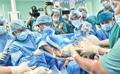 Trưởng kíp mổ tách 2 bé song sinh: 'Quá trình hồi phục sẽ rất dài'
