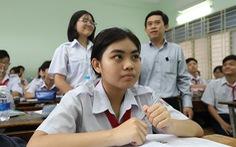 Sáng nay 15-7, hơn 82.000 học sinh làm thủ tục thi lớp 10 tại TP.HCM