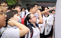 Tuyển sinh lớp 10 tại TP.HCM: 'Dễ thở' với lớp tích hợp, căng thẳng với lớp chuyên