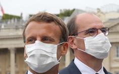 Pháp buộc người dân đeo khẩu trang từ tuần tới do dịch có dấu hiệu trở lại